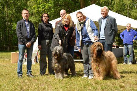 Czytaj więcej: Hodowla Asperados na selekcji w Wietzen w Niemczech 14-16 Maj